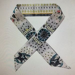 Accessories - Scarf, ribbon